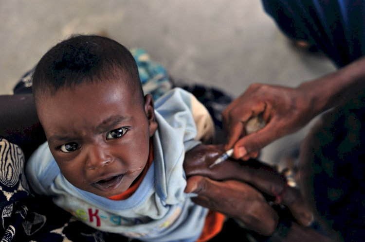 Epidemie dublă de rujeolă și Ebola. Pentru prima dată apar focare din ambele boli pe scară atât de mare